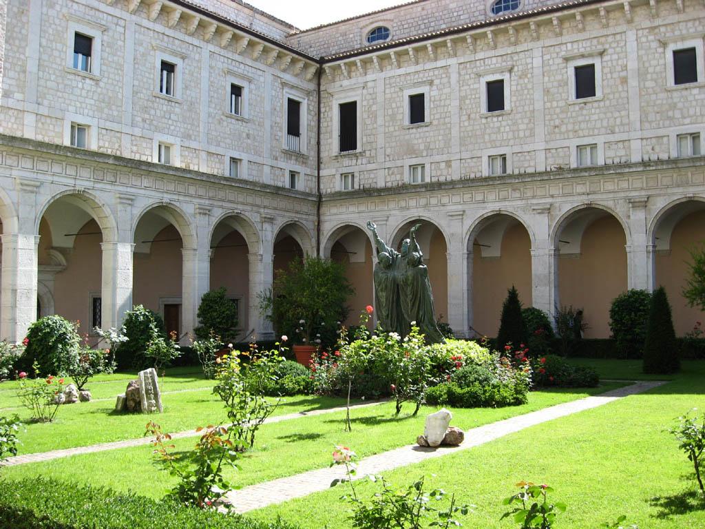 Montecassino abbazia tourism best of montecassino abbazia for Interno 7 cassino