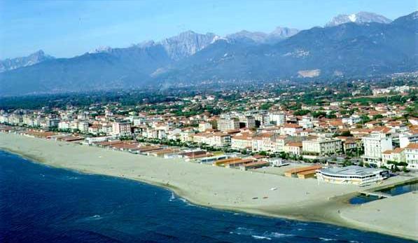 Free Lido Di Camaiore travel guide in PDF - minube.net