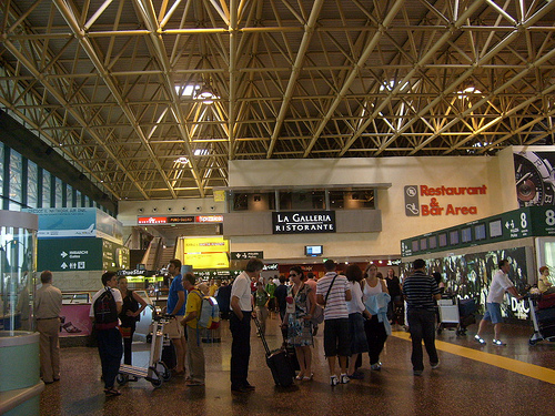 Aeroporto Italia : Aeroporto milano malpensa non male visit italy