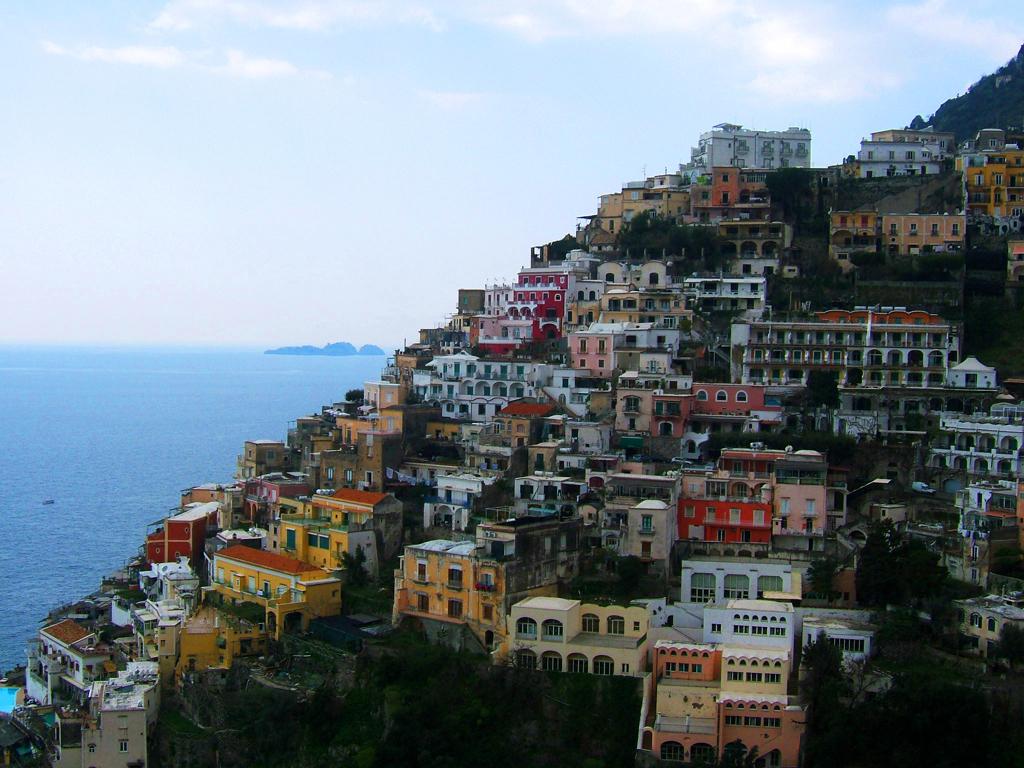 scene dove fanno l amore pure app italia