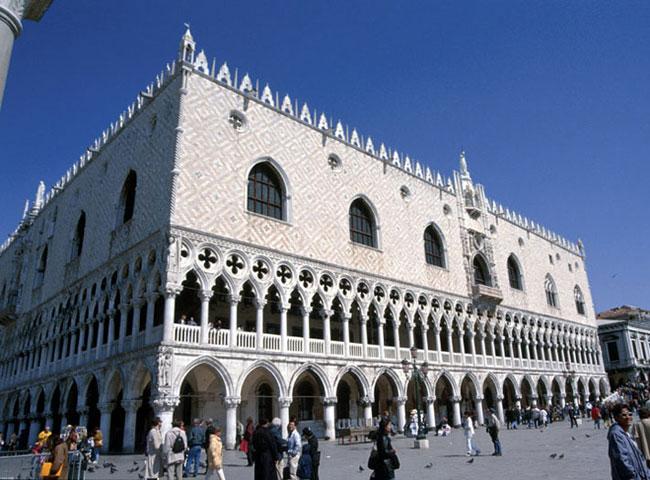 La gotica veneziana per eccellenza - Venezia - Visit Italy