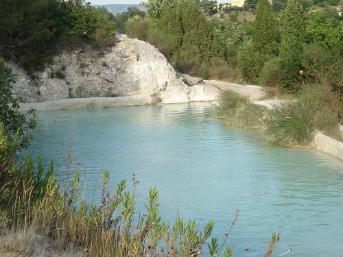 bagno vignoni il borgo con la piscina al posto della piazza bagno vignoni