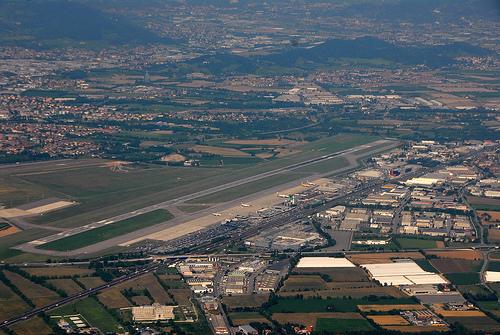 Aeroporto Bergamo : Aeroporto orio al serio bergamo un po di informazioni