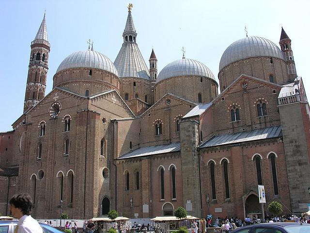 Basilica Di Sant Antonio Padova Visit Italy