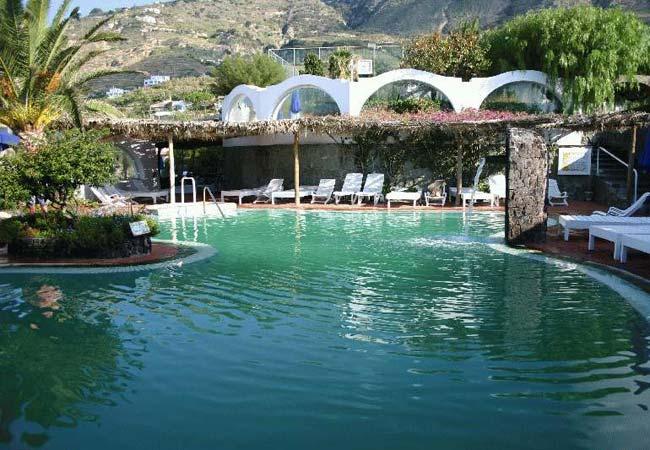 Le terme di ischia visit italy - Agenzie immobiliari bucarest ...