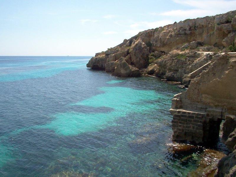 Spiaggia di Favignana - Pantelleria - Visit Italy