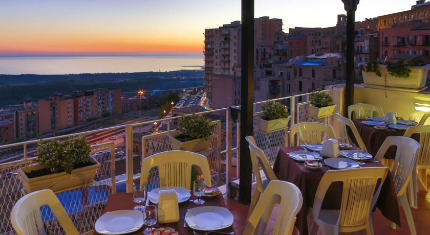 B&B ATENEA 191 – Agrigento: Astounding Archaelogical Sites, Exclusive Traditional Sweets and Spellbinding Scenery - Agrigento - Visit Italy