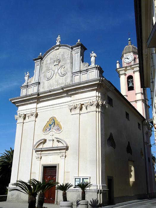 Chiesa SS. Concezione - Cavi - Visit Italy