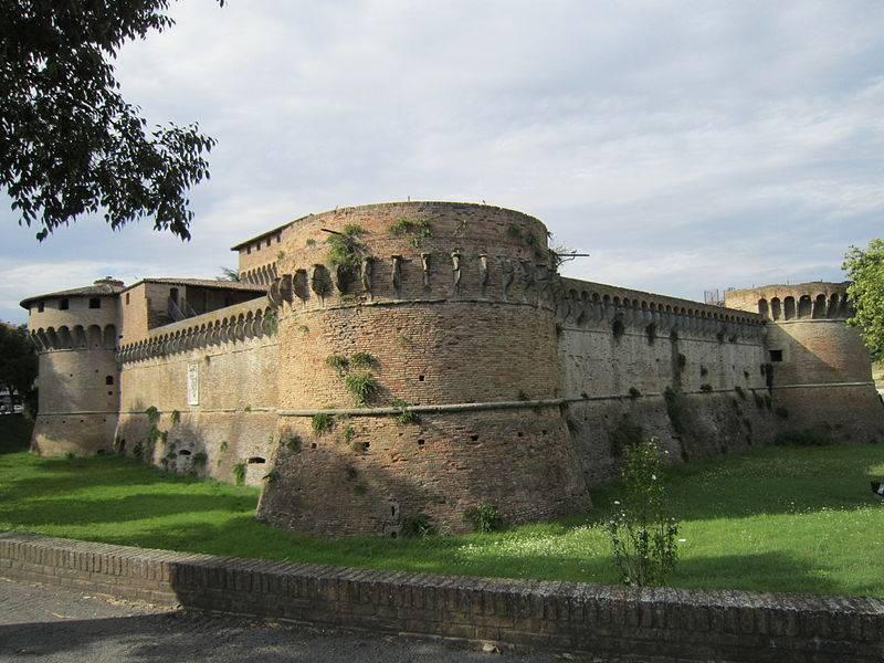 Foto forli 39 immagini forli 39 visit italy for Casa italia forli