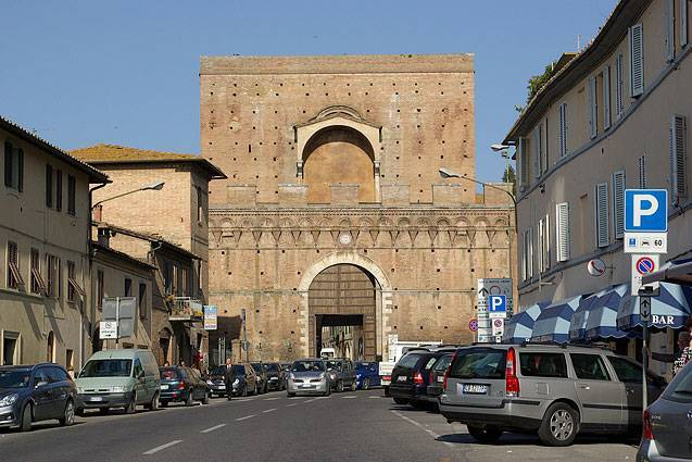Porta pispini siena visit italy - Porta pispini residence ...