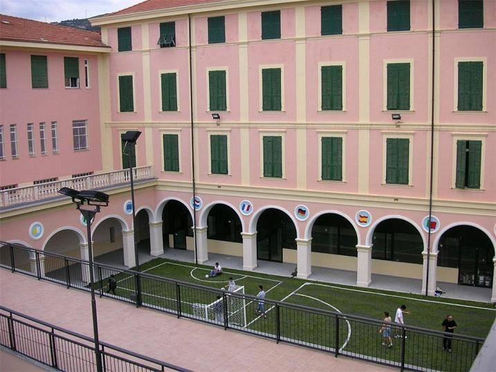 Foyer Don Bosco Hotel Italy : Museo di scienze naturali don bosco alassio visit italy