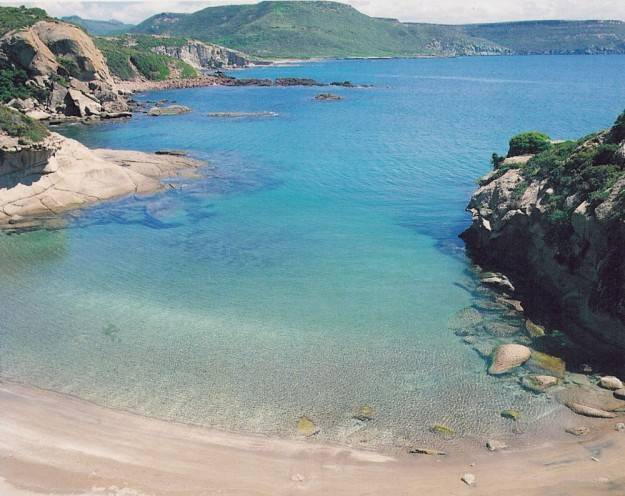 Spiaggia compoltitu bosa visit italy - Piscina oristano ...