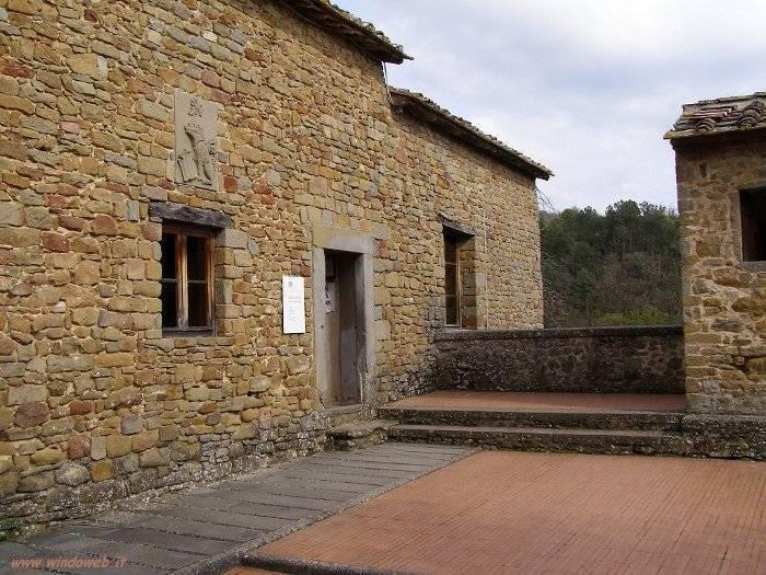 Casa natale di leonardo da vinci vinci visit italy for Vinci una casa