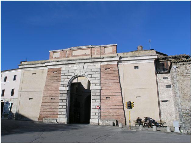 Porta romana todi visit italy - Porta romana spa ...