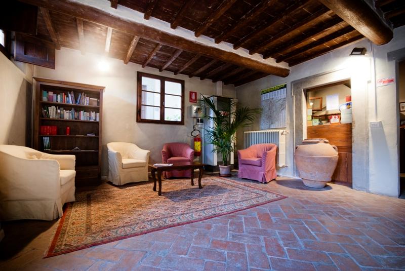 Ostello del Bigallo - Bigallo Hostel Florence - Rservez une Chambre