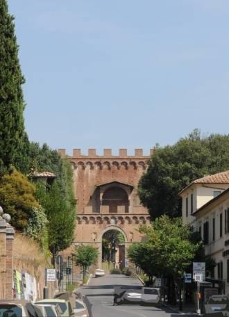 Porta romana siena visit italy - Porta romana viaggi ...