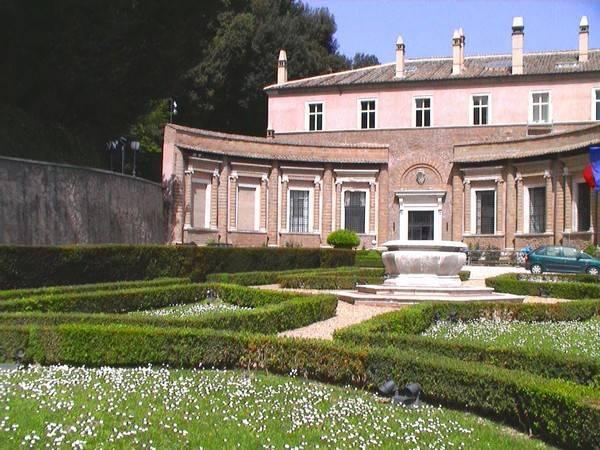 Villa Madama A Monte Mario