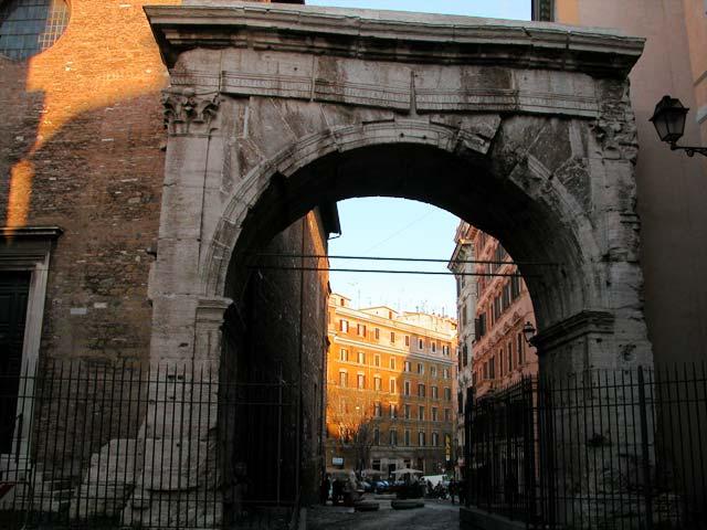 Arco di gallieno roma visit italy - Da roma porta verso il mare ...