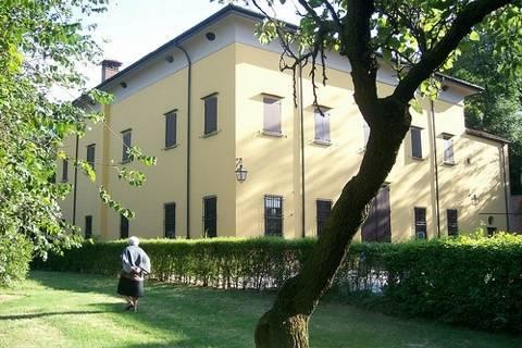 Casalecchio di reno tourism best of casalecchio di reno for Hotel a casalecchio di reno