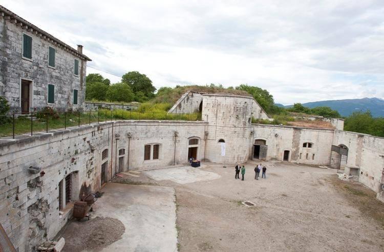 Forte Degenfeld Pastrengo Visit Italy