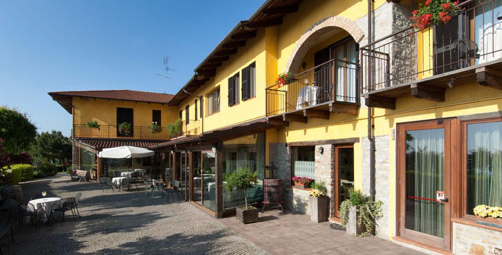 Trattoria del Bivio - Cerretto Langhe - Visit Italy