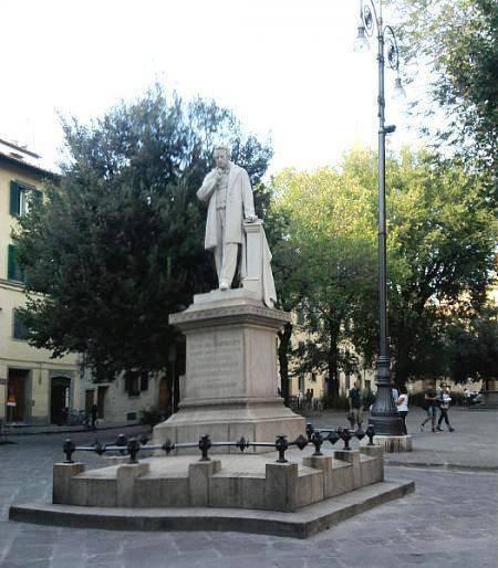 Monumento a Cosimo Ridolfi - Florence  - Visit Italy