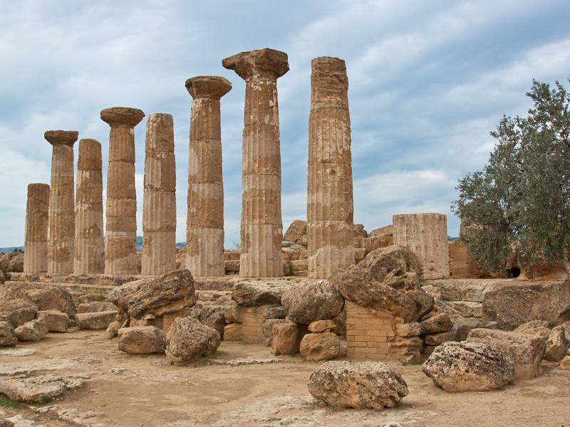 Quartiere ellenistico-romano - Agrigento  - Visit Italy