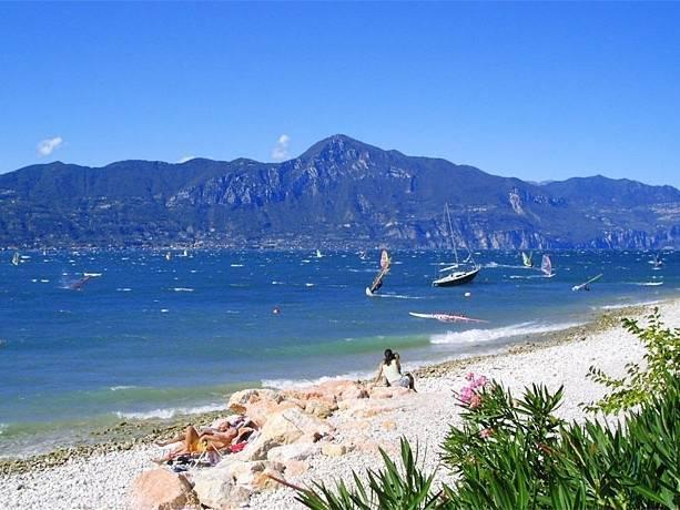 Spiaggia Stella d'Oro - Pescara     - Visit Italy