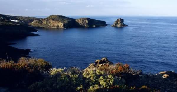 Cala del Bue Marino - Pantelleria  - Visit Italy