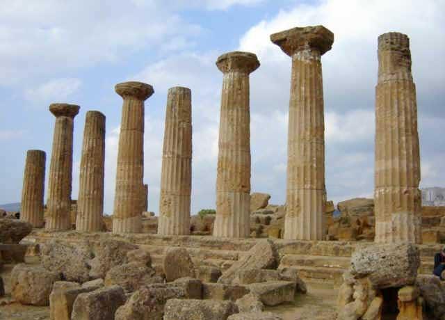 Tempio di Ercole - Agrigento  - Visit Italy