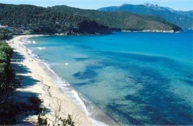 Spiaggia la Biodola - Portoferraio     - Visit Italy
