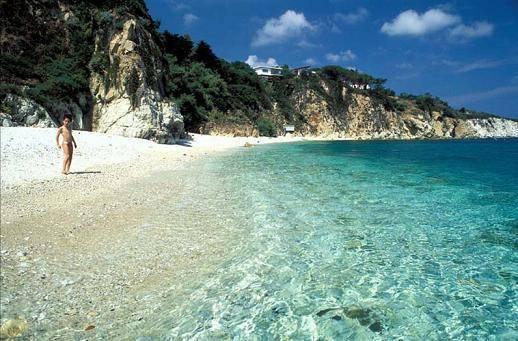 Spiaggia Cala dei Frati - Portoferraio     - Visit Italy
