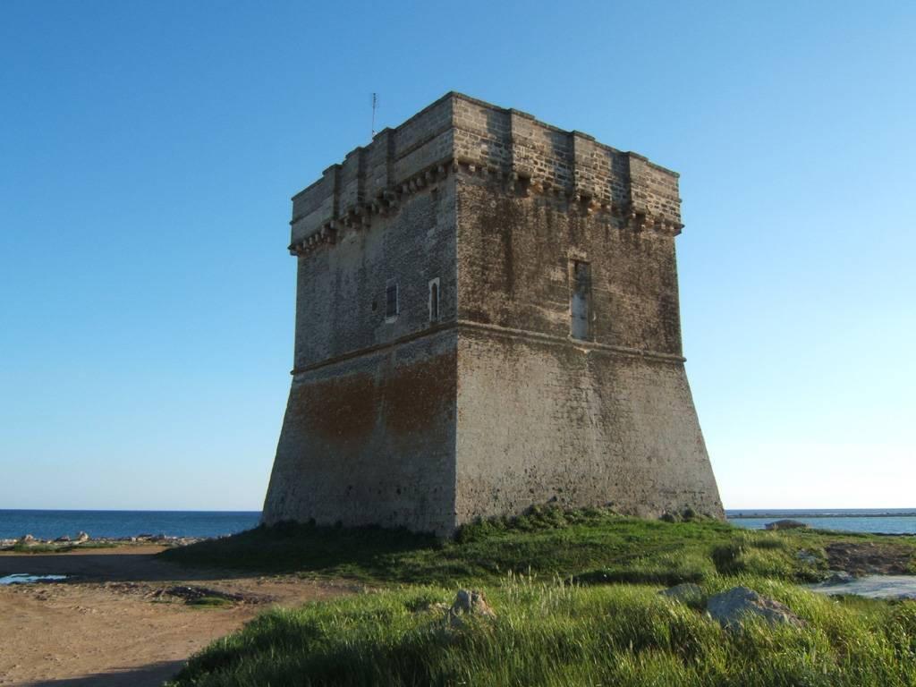 Torre Chianca - Porto Cesareo  - Visit Italy
