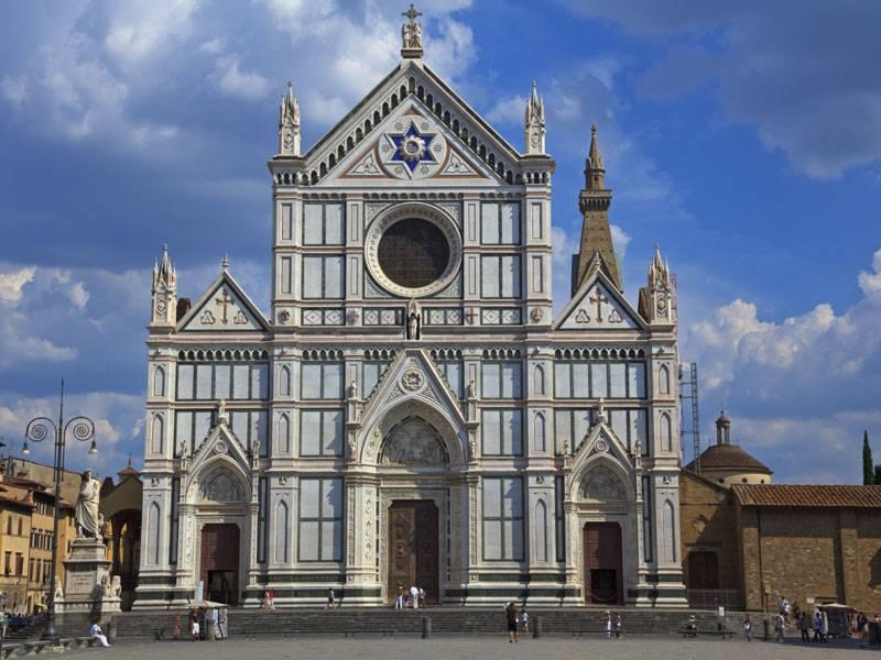 Basilica di Santa Croce - Florence     - Visit Italy
