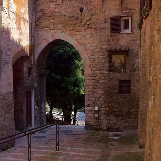 Porta Santa Margherita - Perugia     - Visit Italy
