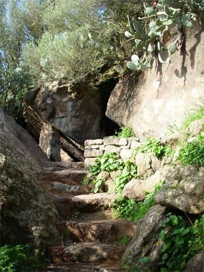 Grotta di Benikulà - Pantelleria  - Visit Italy