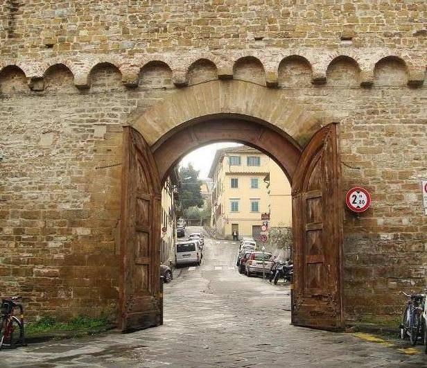 Porta San Miniato - Florence  - Visit Italy