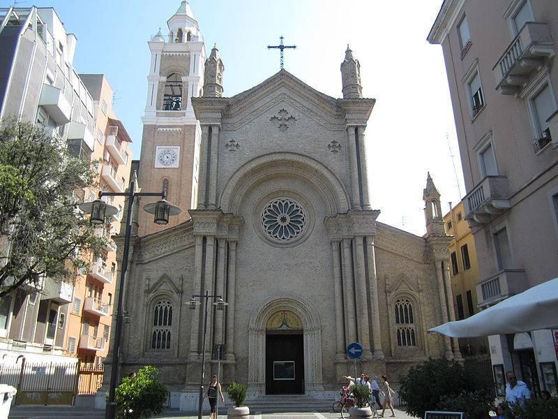 Chiesa del Sacro Cuore  - Pescara     - Visit Italy