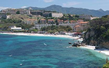 Spiaggia le Ghiaie Isola d'Elba Ghiaia Snorkeling - Portoferraio     - Visit Italy