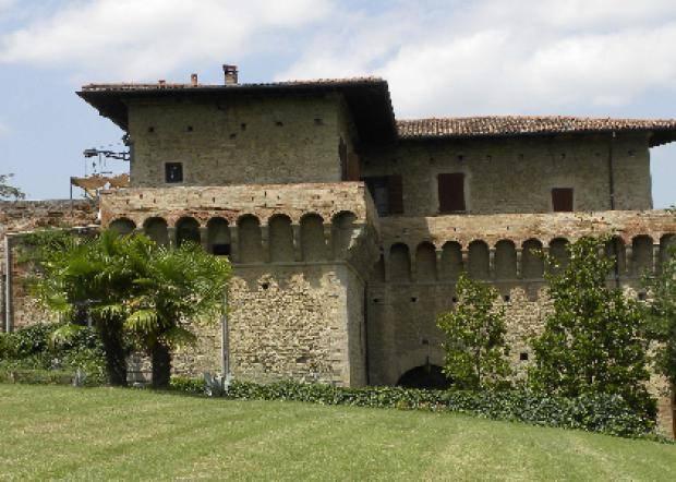 Castello del Capitano delle Artiglierie - Castrocaro Terme     - Visit Italy