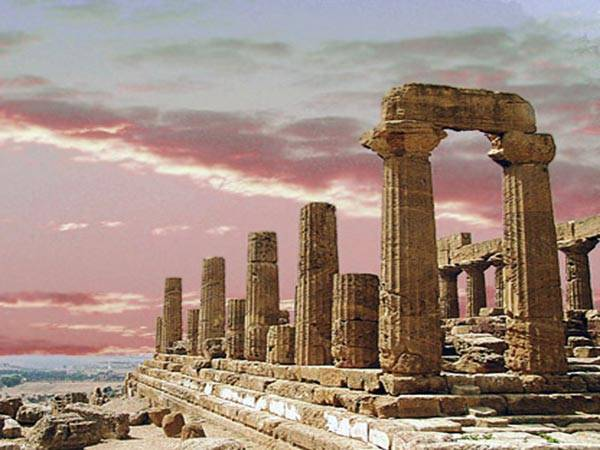 Tempio di Giunone - Agrigento  - Visit Italy