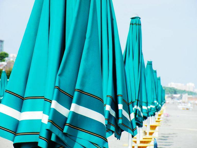 Spiaggia Saturno Beach Club lungomare - Pescara     - Visit Italy
