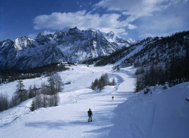 Valtellina ski run -  - Visit Italy