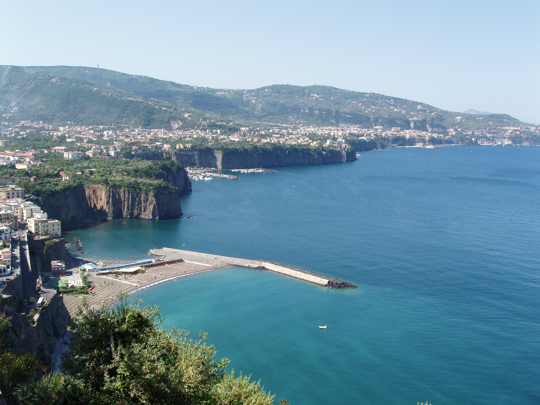 Vista della penisola sorrentina - Sorrento - Visit Italy
