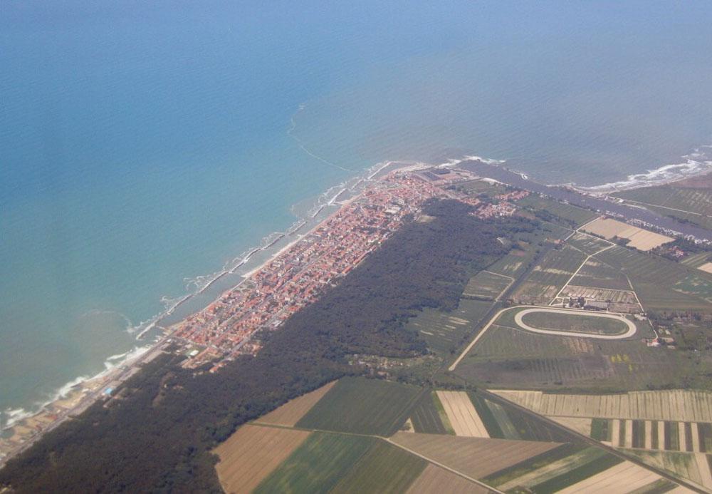 Vista aerea di Marina di Pisa