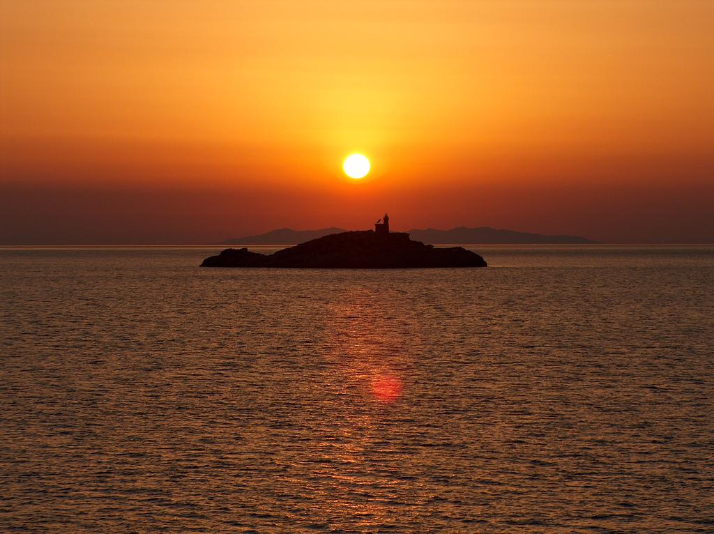 Isolotto al largo di Portoferraio -  - Visit Italy