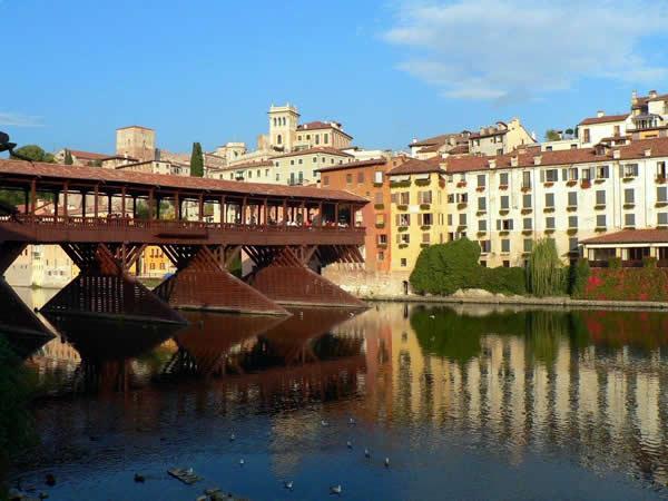 Bassano Del Grappa Italy  city photos gallery : Vacanze a Bassano del Grappa Visit Italy