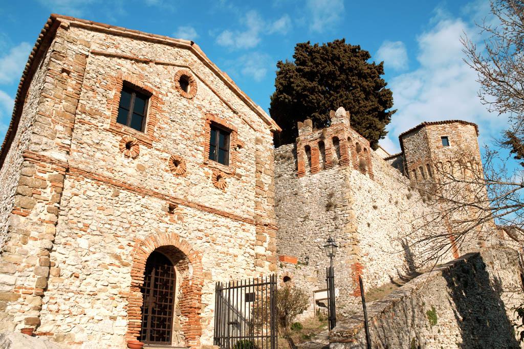 Il castello di Montebello -  - Visit Italy