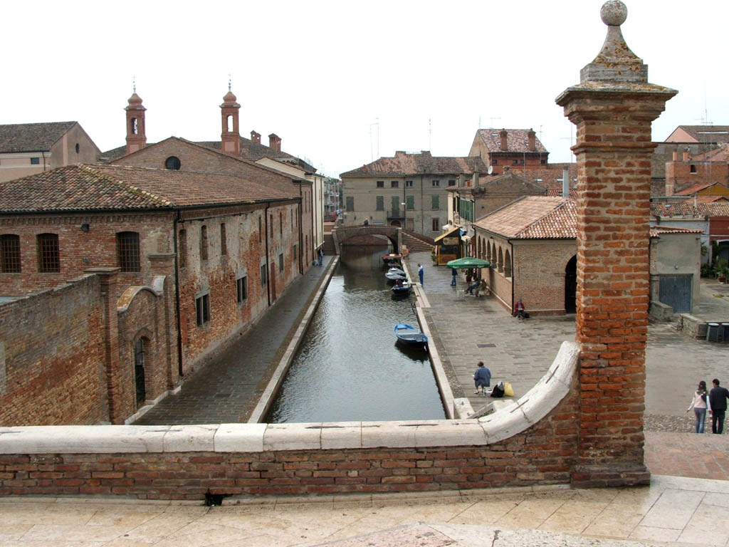 Vista dei canali nel centro storico