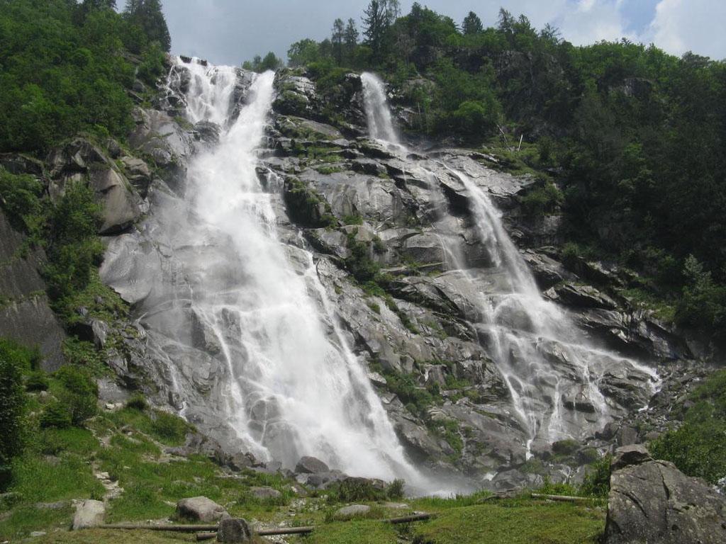Le cascate Nardis in estate